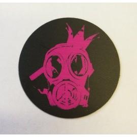 Hűtőmágnes fekete, gázálarc logóval